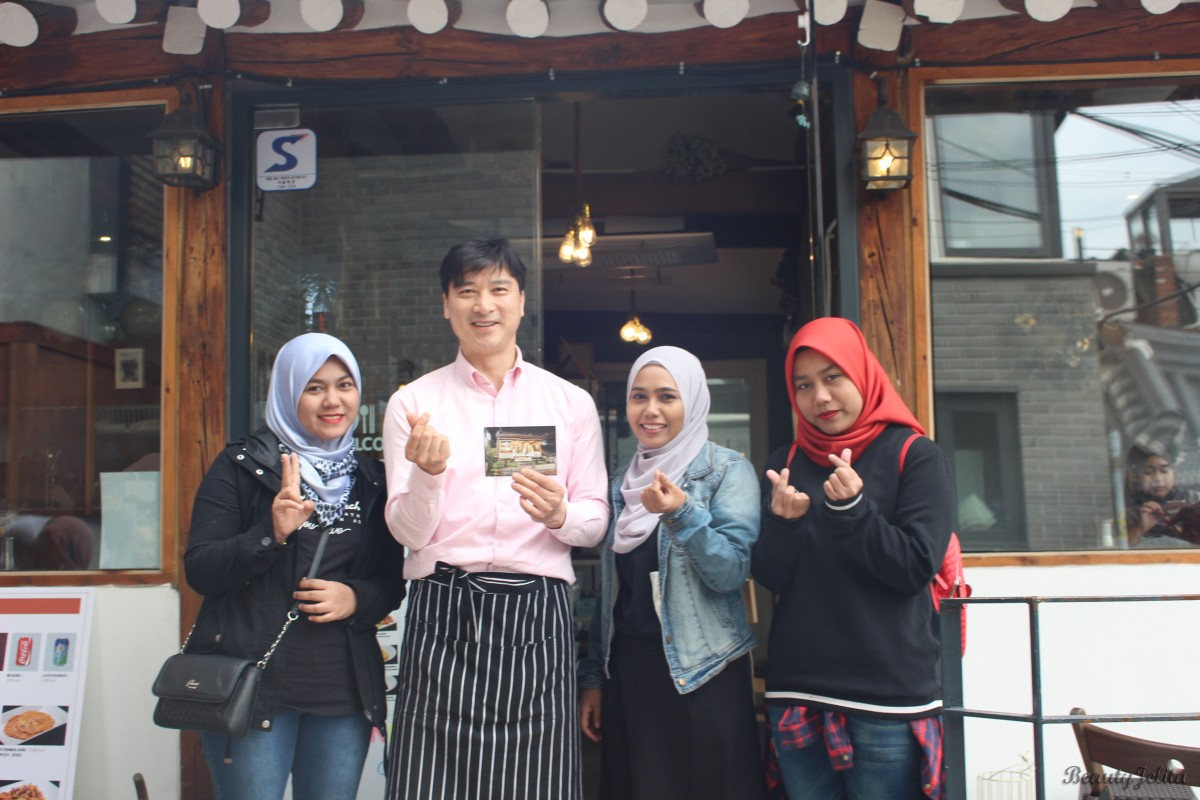 HALAL KITCHEN SEOUL - FRIENDLY OWNER, GREAT HOSPITALITY AND DELICIOUS FOOD.